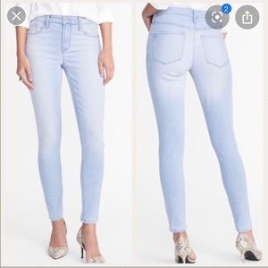 Old Navy Rockstar Supper Skinny Light Blue Jeans